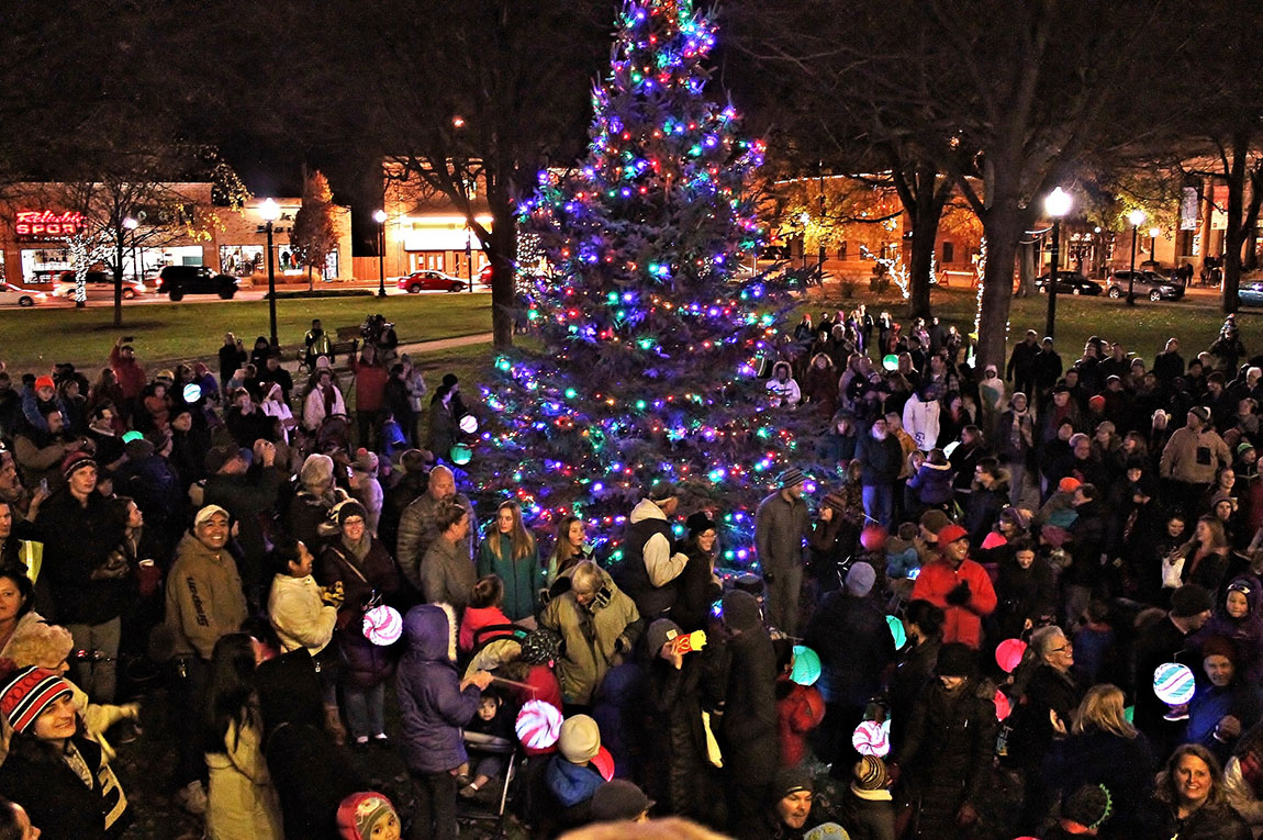 Christmas In Holland.Michigan S Magical Christmas Towns The Dakota Planet