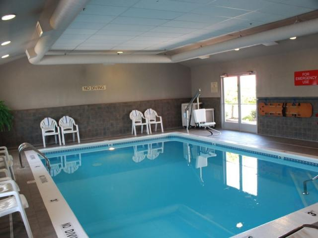 Indoor Pool at Country Inn Holland MI