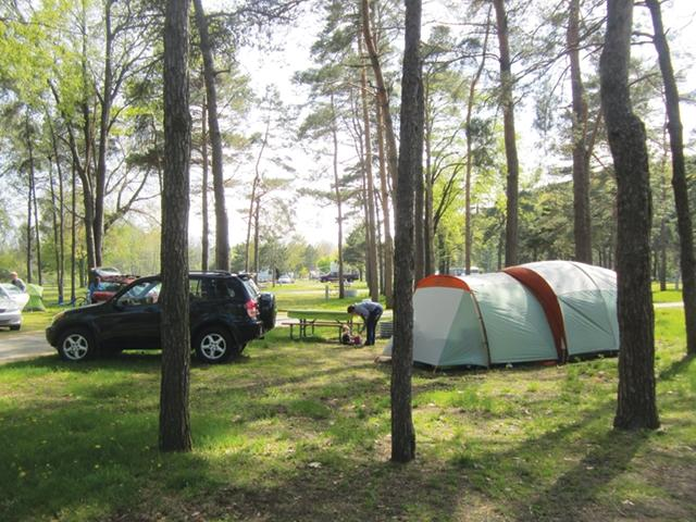 Holland State Park Campgrounds | Holland org